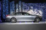 2015 Hyundai Genesis Debuts at Detroit Motor Show 2014