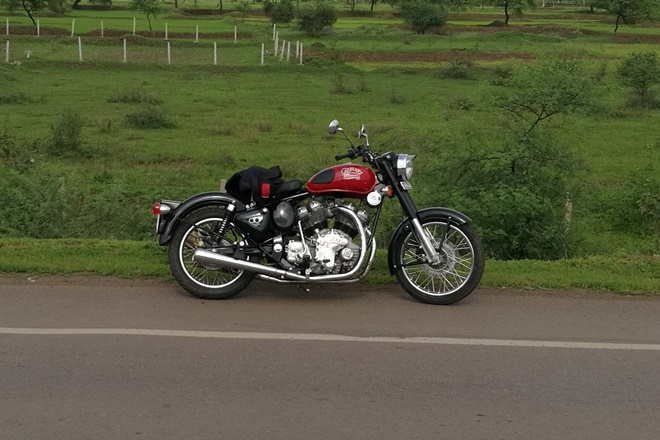 2017 Royal Enfield Carberry Motorcycles 1000cc launches in India