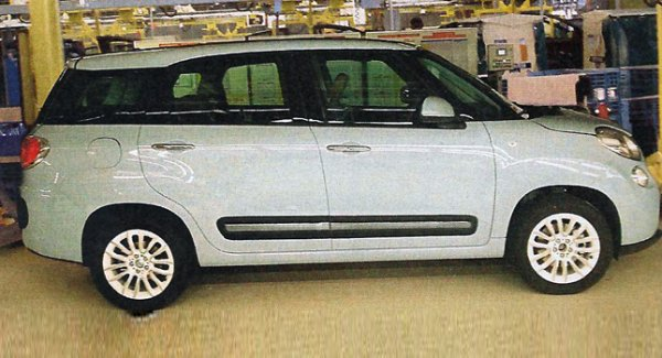 Fiat 500XL Spied Again Seems Like a Maruti Suzuki Ertiga Rival