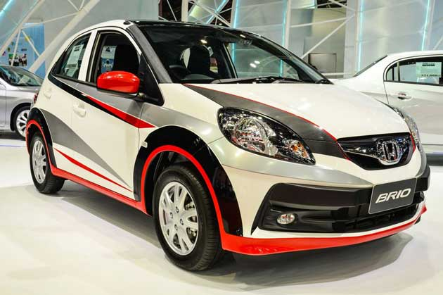 Honda Brio facelift with wing-face grille-Rendering