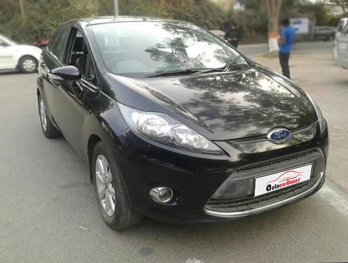 Ford Fiesta Titanium+ Petro