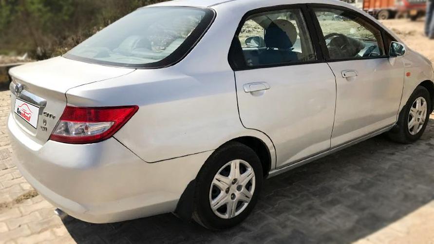 Honda City 1.5 EXi New