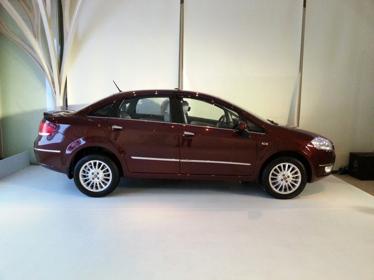 Fiat Linea T-Jet Getting Launched On 10th June 2013