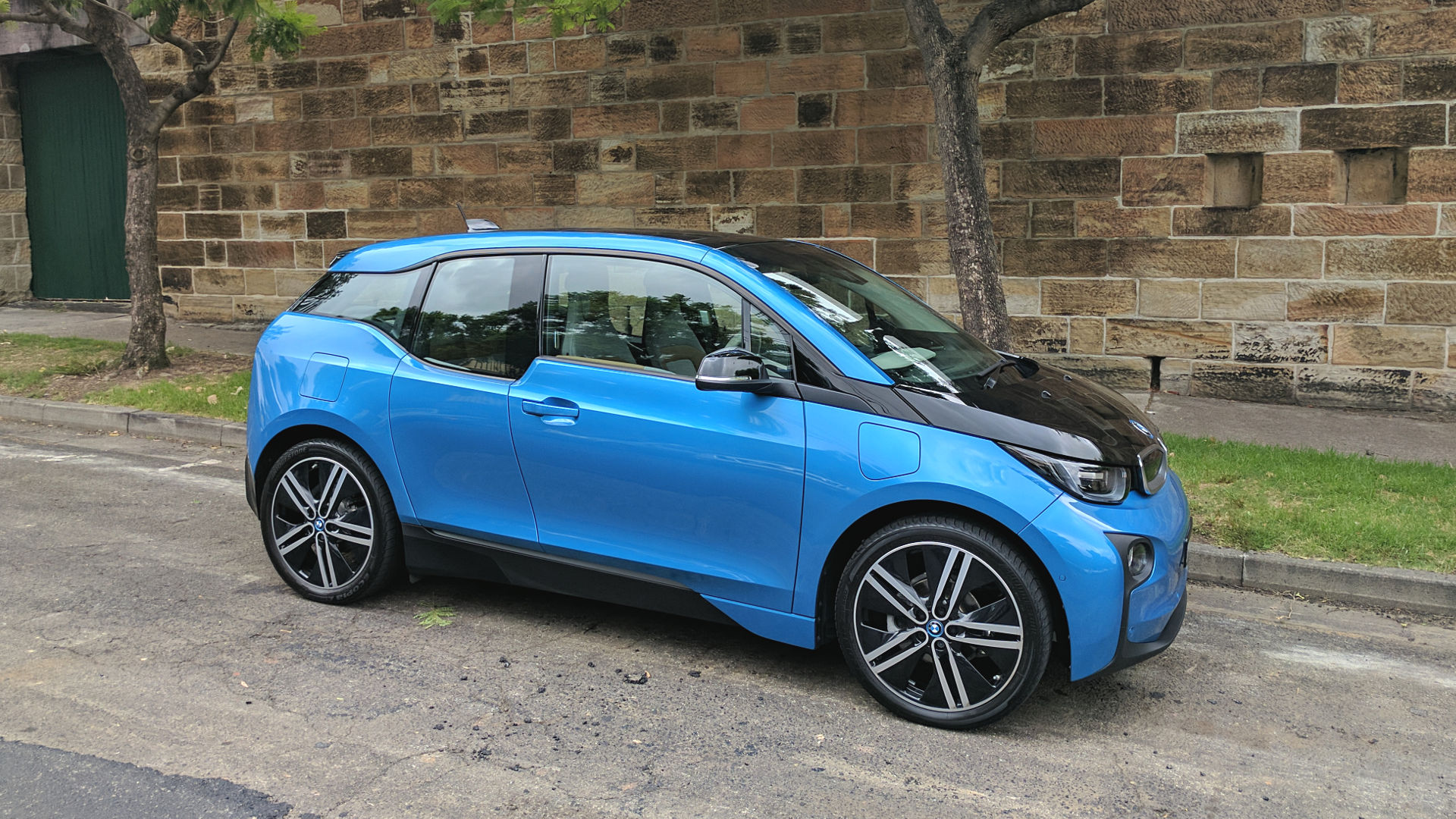 2014 BMW i3 Electric Car debut on July 29