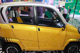 Bajaj RE60 sounds like a powerful machine wrapped in a tiny frame