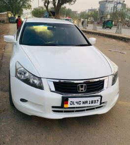 Honda Accord 2.4 MT