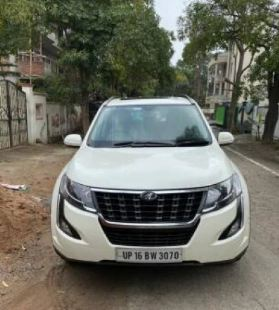 Mahindra XUV 500W11 Option