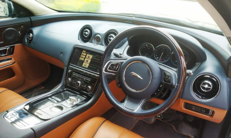 Jaguar XJ XJL 3.0