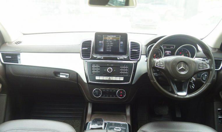 Mercedes Benz GL-Class GLS350D