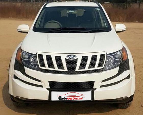 Mahindra XUV 500 W8