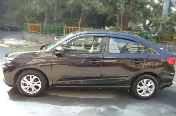 Honda Amaze V CVT Petrol BSIV