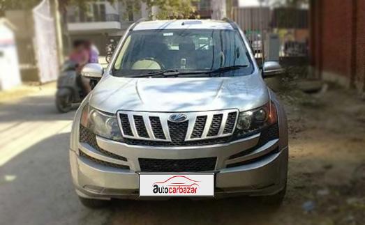 Mahindra XUV 500W4