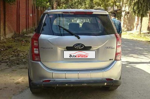 Mahindra XUV 500 W4